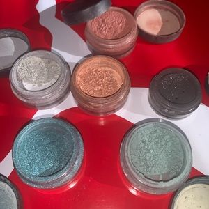 bareMinerals Makeup - BareMinerals loose eyeshadow's